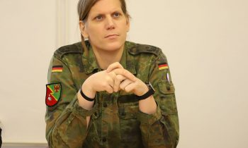 Anastasia Biefang: Storkows Kommandeurin auf großer Leinwand