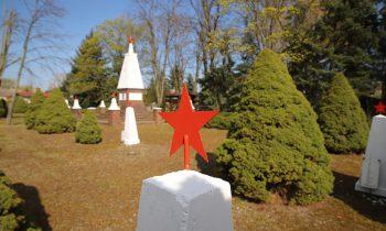 Der sowjetische Soldatenfriedhof in der Fürstenwalder Straße. Foto: Marcel Gäding