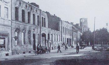 Blick auf die im Zweiten Weltkrieg zerstörte Innenstadt von Storkow (Mark), Aufnahme von 1946. Foto: Paul Holz
