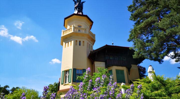 Schloss Hubertushöhe ist der Mittelpunkt des seit 2012 geplanten Kunst- und Literaturparks. Foto: Marcel Gäding