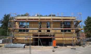 Neues Seminarhaus in Storkow: In Hirschluch entsteht Platz für Tagungen und Treffen. Daneben werden zwei neue Unterkunftsgebäude errichtet. Foto: Marcel Gäding