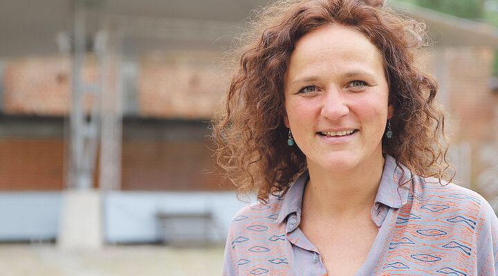 Stefanie Lemcke ist für das Veranstaltungsmanagement auf der Burg Storkow (Mark) zuständig. Foto: Marcel Gäding