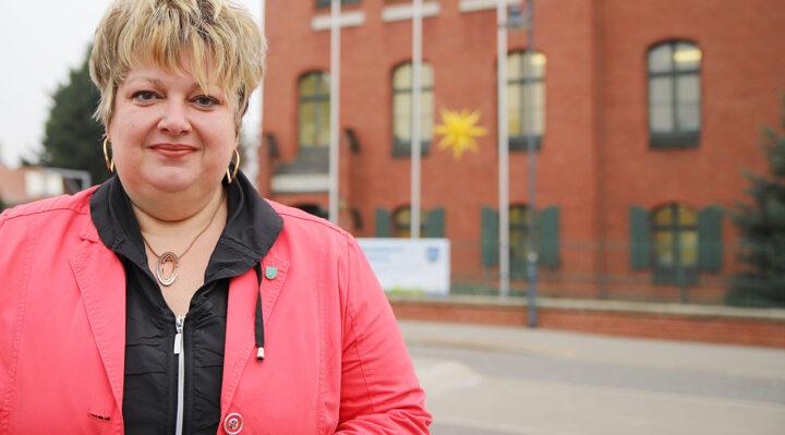Cornelia Schulze-Ludwig (SPD) ist 44 Jahre alt und seit 2011 Bürgermeisterin von Storkow (Mark). 2019 trat sie ihre zweite, acht Jahre dauernde Amtszeit an. Foto: Marcel Gäding
